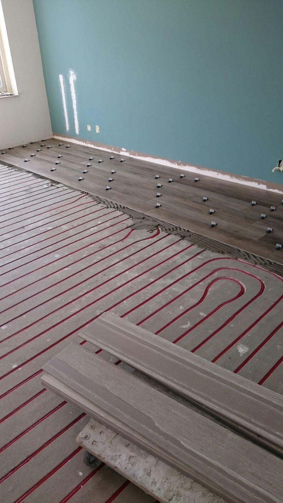 Plavuizen Vloer Antraciet.Morefloors Welke Vloer Is Geschikt Voor Vloerverwarming