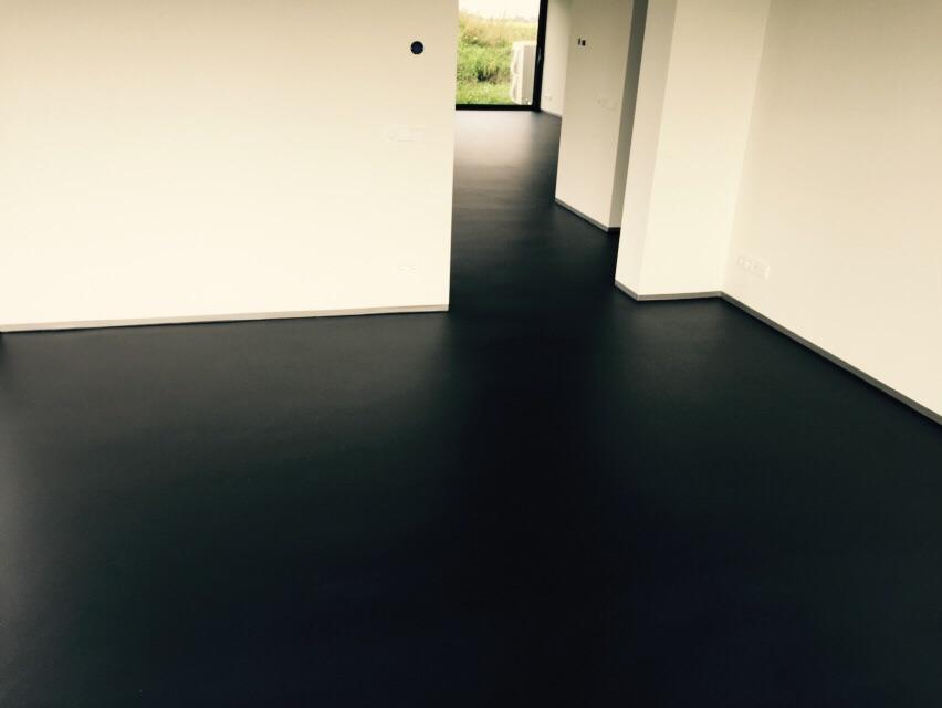 Zwarte Vloer Woonkamer : Zwart plafond woonkamer gehoor geven aan uw huis